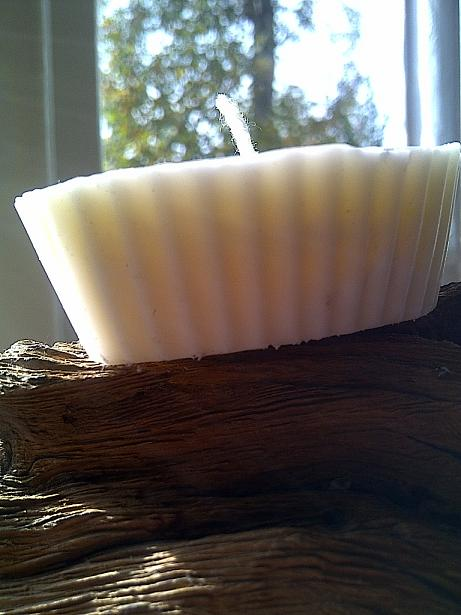 how-to-make-soy-candles-step-by-step-guide-on-using-essential-oils-in-soy-candle-making